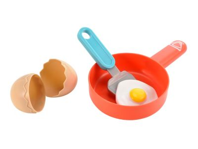Cracking Egg and Frying Pan