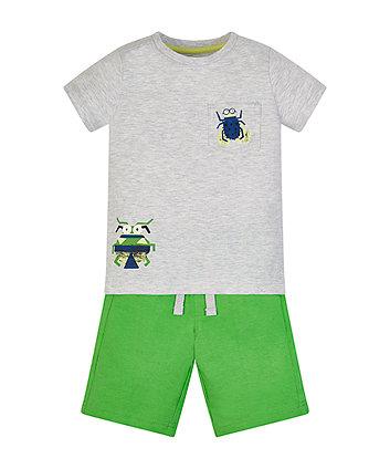 Ant T-Shirt And Shorts Set