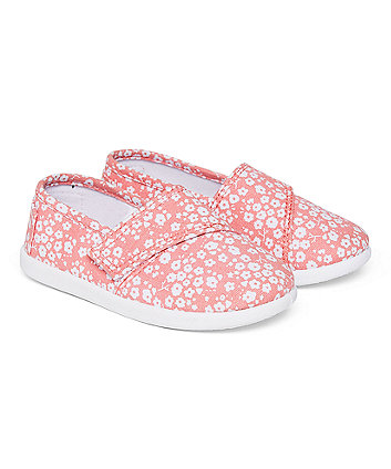 pink daisy canvas pump