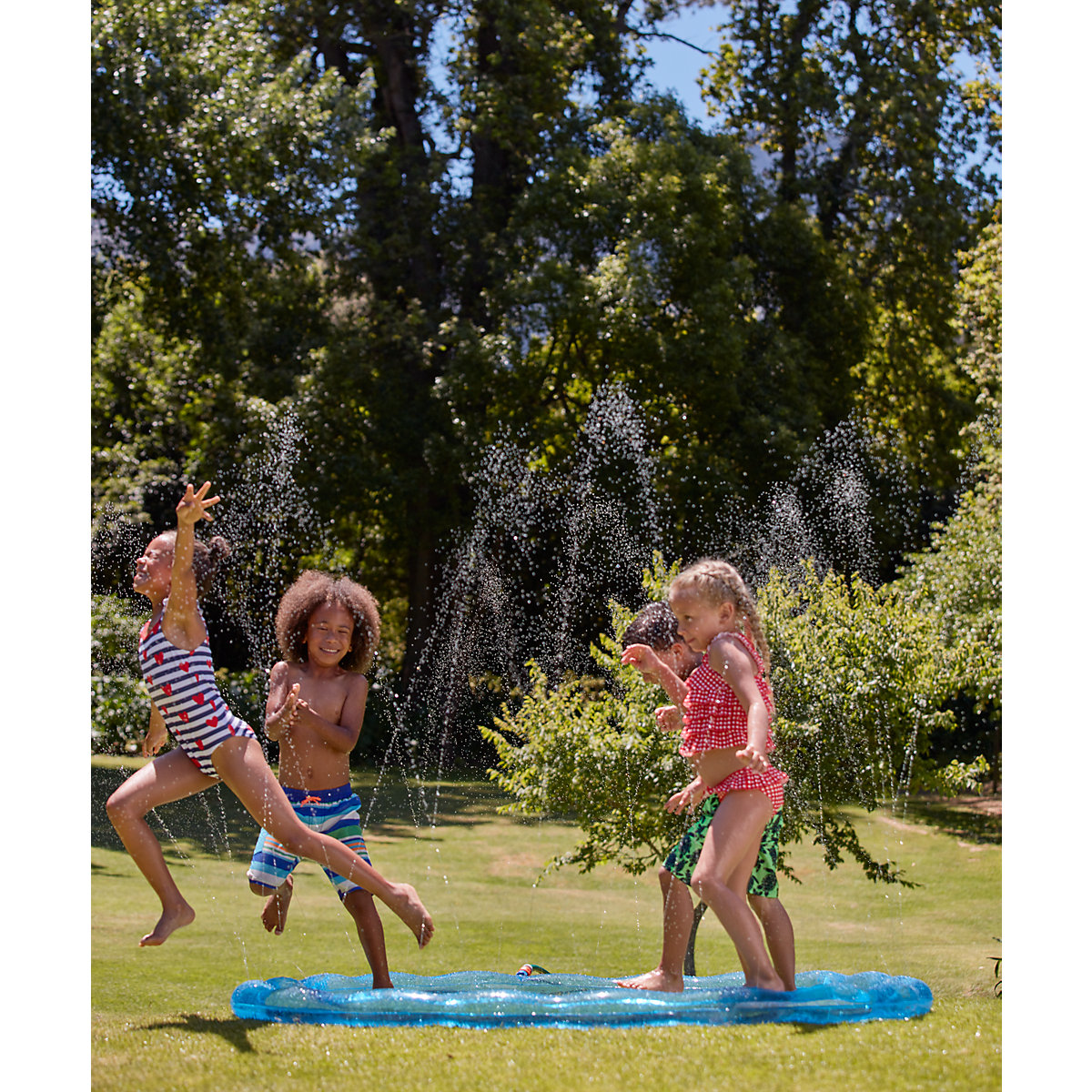 New ELC Boys and Girls Water Sprinkler Toy From 3 years - Water Gifts
