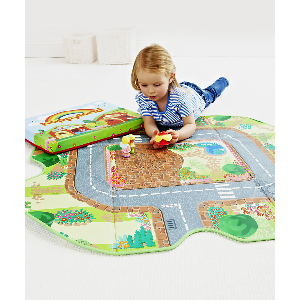 New HappyLand Boys and Girls Store and Play Toy Box Playmat From 18 months - Toddler Gifts