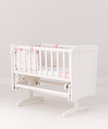 mothercare deluxe gliding crib - white