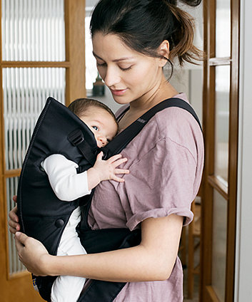 BabyBjörn baby carrier mini - black, cotton