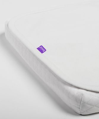 SnüzPod 3 waterproof crib mattress protector