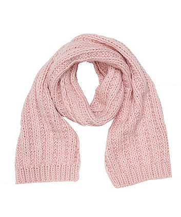 pinkl knitted scarf