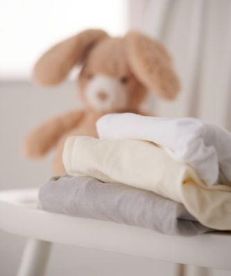 mothercare cream cotton-rich bedside crib fitted sheets - 2 pack