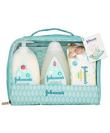 Johnson's cottontouch gift set