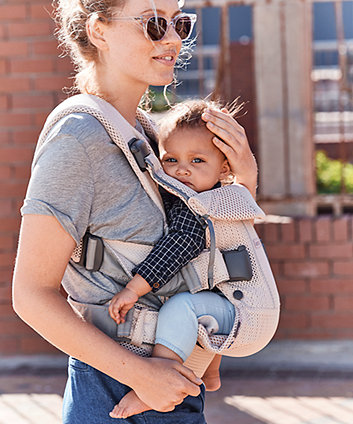 BabyBjörn baby carrier one air 3d mesh - pearly pink