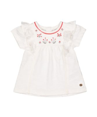 white embroidered flower t-shirt
