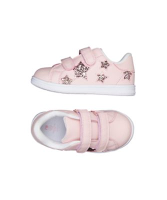 pink star trainers