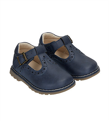 Baby Crawlers   First Walking Shoes  5389d22b7106