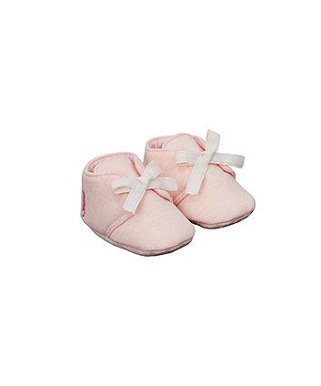 pink moccasin baggies