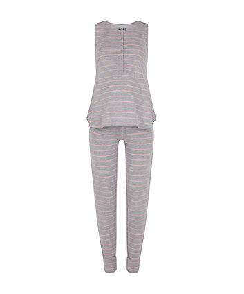 striped nursing pyjamas