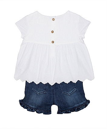 white floral blouse and frill shorts set