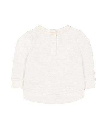 white flower sweat top
