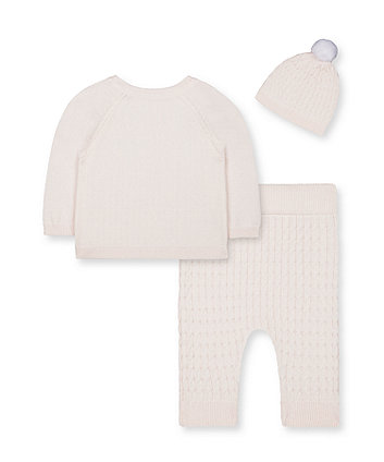 my first pink cable-knit 3-piece set