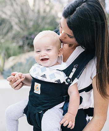 Ergobaby omni 360 carrier - triple triangles