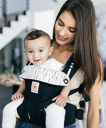 Ergobaby 360 carrier - downtown
