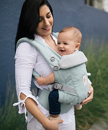 Ergobaby adapt carrier - frosted mint